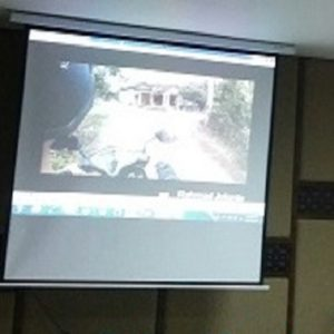 Jasa Pasang Screen Projector Motorized